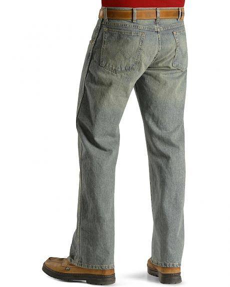 Wrangler Jeans - Rugged Wear Relaxed