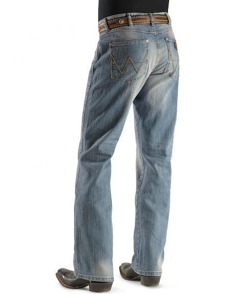 Wrangler Jeans - Retro Nashville Relaxed Fit Boot Cut
