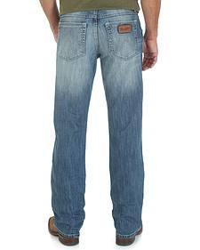 Wrangler Retro 77 Slim Fit Jeans - Sand Springs