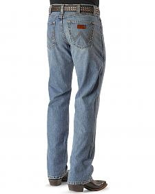 "Wrangler Jeans - Retro Relaxed Fit - Tall 38"" Inseam"