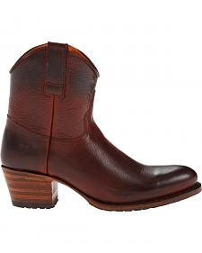 Frye Women's Deborah Lug Short Boots - Round Toe