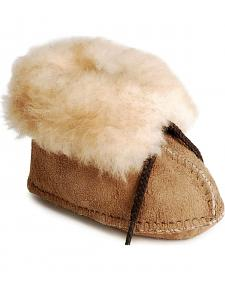 Infant/toddler Minnetonka sheepskin booties