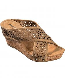 Minnetonka Lainey Taupe Strap Sandals