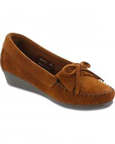 Minnetonka Women's Kilty Wedge Moccasins