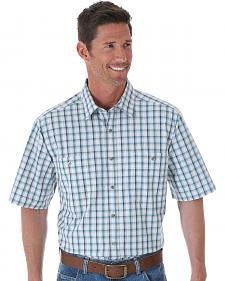 Wrangler Men's Moisture-Wicking Plaid Short Sleeve Shirt