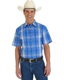 Wrangler Wrinkle Resist Blue Plaid Short Sleeve Shirt