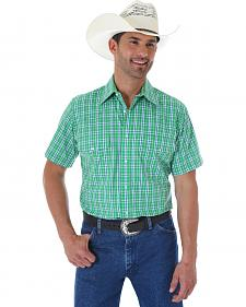 Wrangler Wrinkle Resistant Green Plaid Short Sleeve Western Shirt
