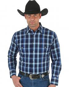 Wrangler Men's Wrinkle Resist Navy Plaid Western Shirt