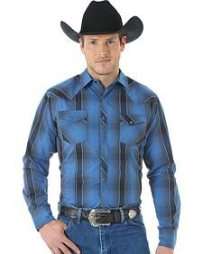 Wrangler Men's Wrinkle Resist Blue Plaid Shirt