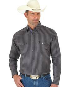Wrangler George Strait Men's Troubadour Black & Grey Plaid Shirt