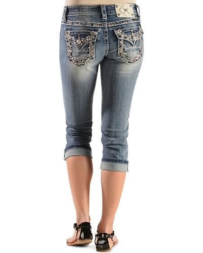 Miss Me Womens Floral Embellished Capris - Extended Sizes