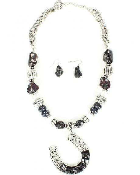 Blazin Roxx Horseshoe Beaded Necklace & Earrings Set