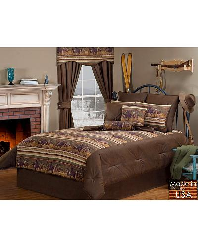 Neutral hues create running horse border with southwest designs   faux  leather accents  7 piece set  queen sized comforter  92  x 96    two pillow  shams. Horse Bedding Sets   Horse Home Decor at HaiHorsie com