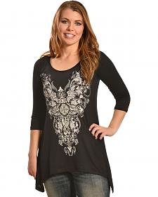 Liberty Wear Women's Stargazer Lace Sharktail Shirt - Plus