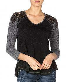 Miss Me Women's Regal Raglan Top