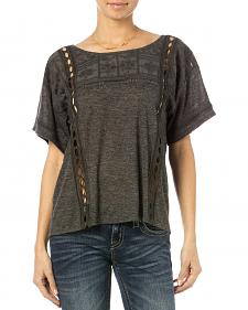 Miss Me Women's Breezeway Short Sleeve Top