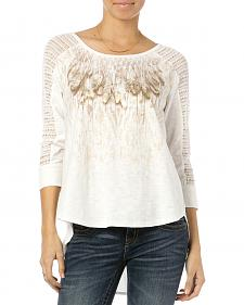 Miss Me Women's Feathery Friends Crochet Sleeve Top