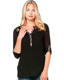 Miss Me Lace Inlay Floral Trim Top