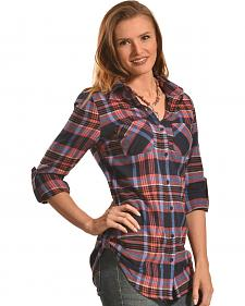 Derek Heart Women's Dreamcatcher Print Navy Plaid Tunic
