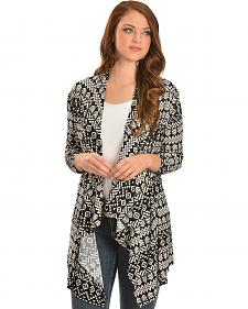 Red Ranch Women's Black & White Aztec Cardigan