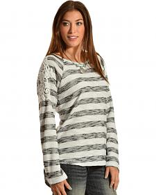 Red Ranch Women's Crochet Applique Striped Tee