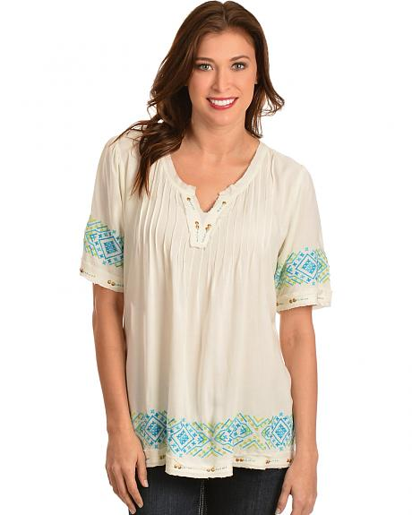 Red Ranch Women's Pleated Embroidered Shirt