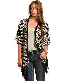 Red Ranch Women's Diamond Print Fringe Kimono