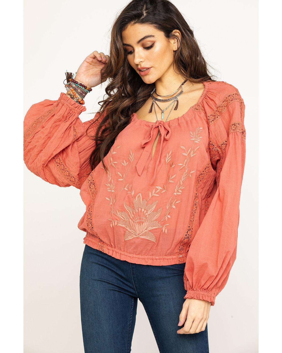 Women's Clearance Clothing